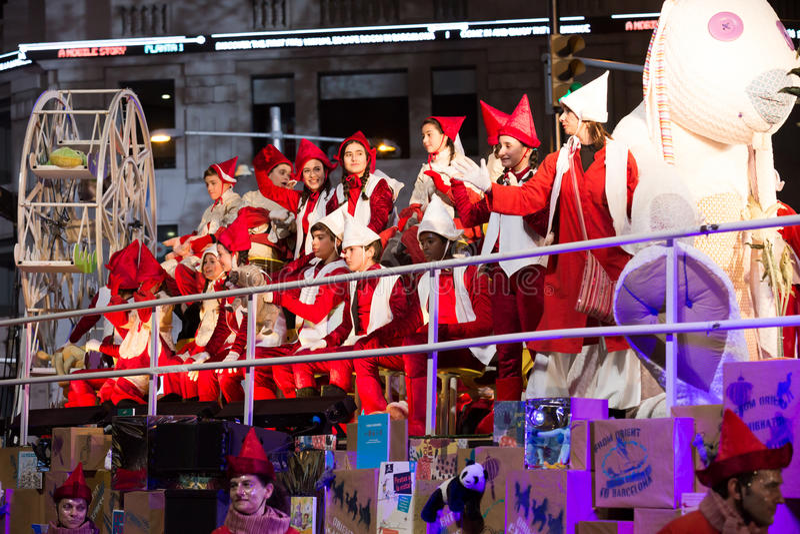 Kostümparade mit drei Königen stockbild
