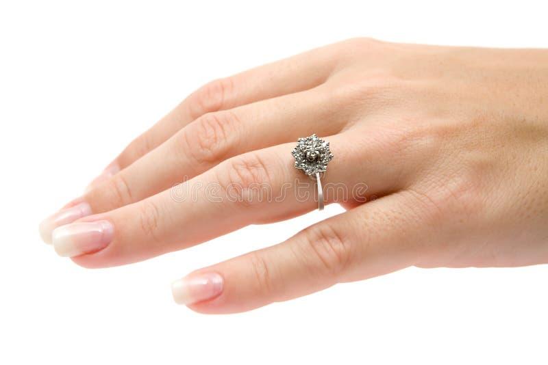 Kostbarer Diamant-Ring lizenzfreies stockfoto