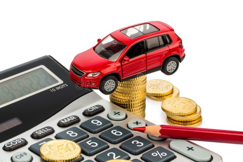 Kosten van auto. met calculator stock foto
