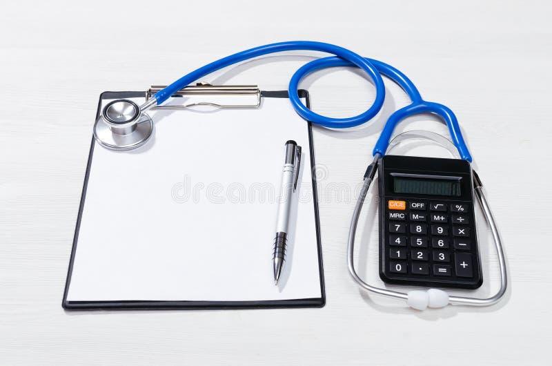 Kostenberechnungsmodell der ärztlichen Behandlung lizenzfreie stockfotografie