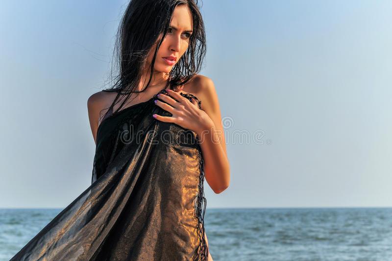 kostium TARGET173_1_ piękna kobieta zdjęcie royalty free