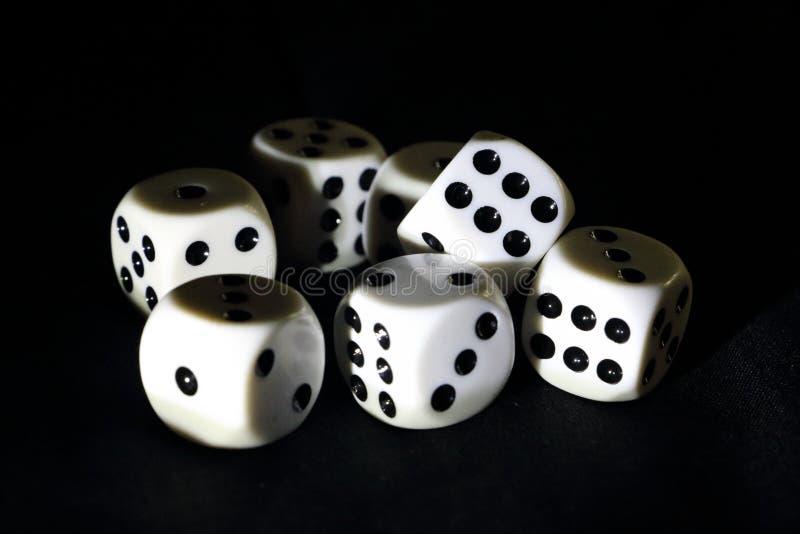 Kostki do gry dla bawić się grę obrazy royalty free