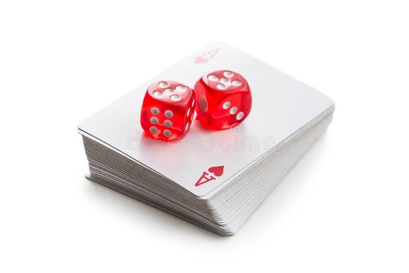 Kostki do gry i grzebak karty obrazy royalty free