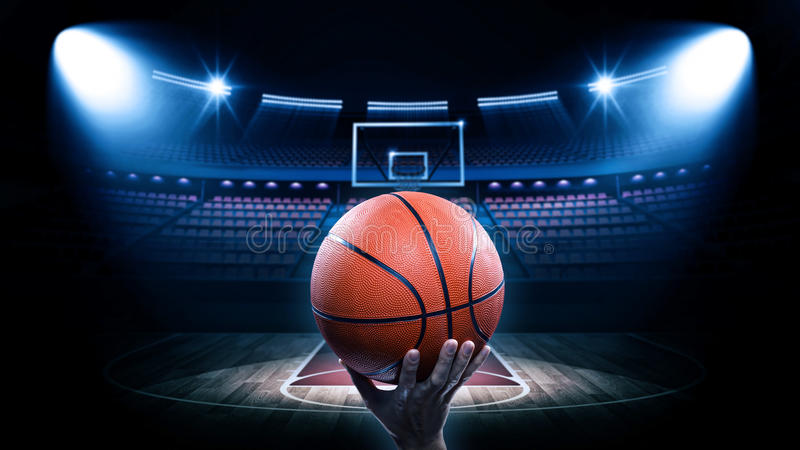 Koszykówki arena z graczem zdjęcie royalty free
