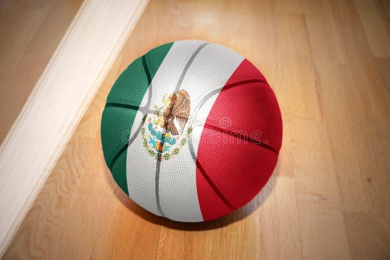 Koszykówki piłka z flaga państowowa Mexico zdjęcia stock