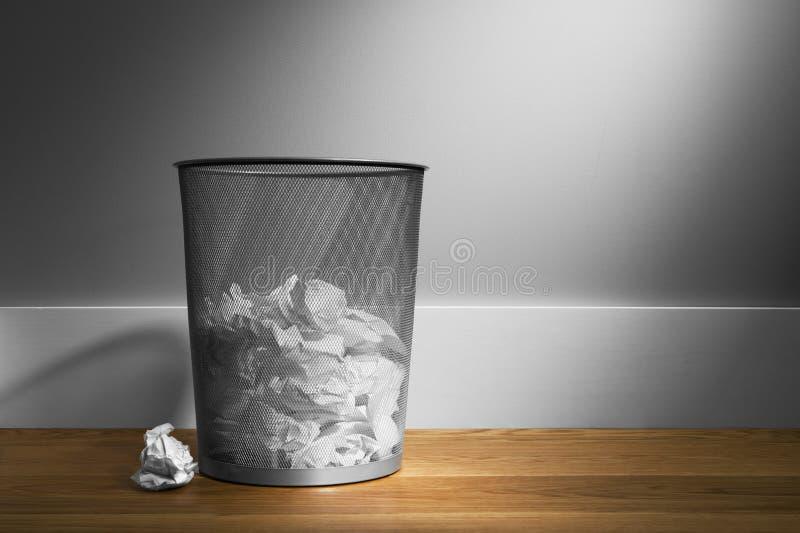 koszykowy śmieci obrazy royalty free