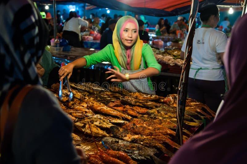 Kota Kinabalu-nachtmarkt royalty-vrije stock afbeelding