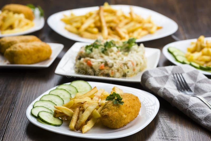 Download Kotelett De Volaille Mit Fischrogen Stockbild - Bild von kotelett, vorbereitung: 106800087