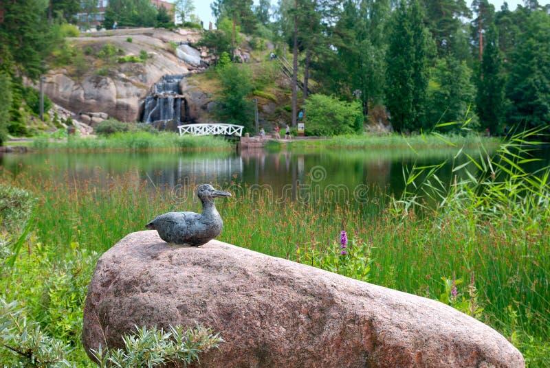 Kotka finland Composição da escultura no jardim da água de Sapokka fotos de stock