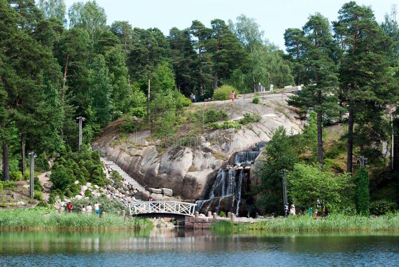 Kotka finland Povos no jardim da água de Sapokka fotos de stock