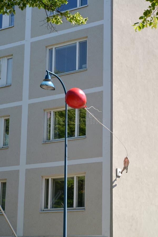 Kotka, Finland Straatbeeldhouwwerk ` Gegaan met de Wind ` royalty-vrije stock foto's