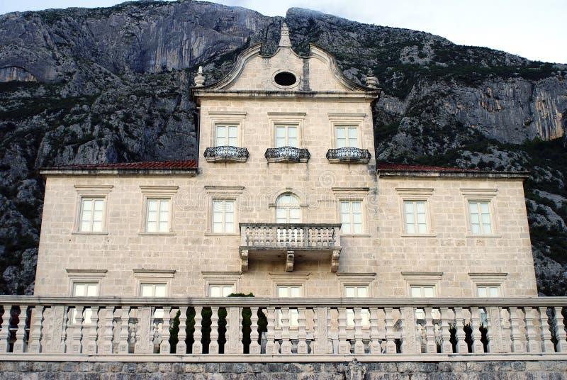Kotor, Montenegro - Juli 12, 2014: De Tempel van de dame van Prcanj stock fotografie