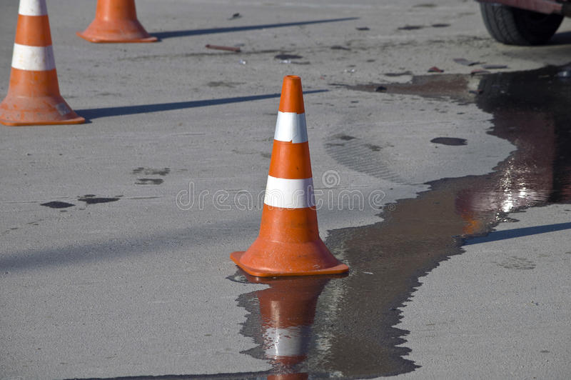Kotte för vägtrafik på olycksplats royaltyfria bilder