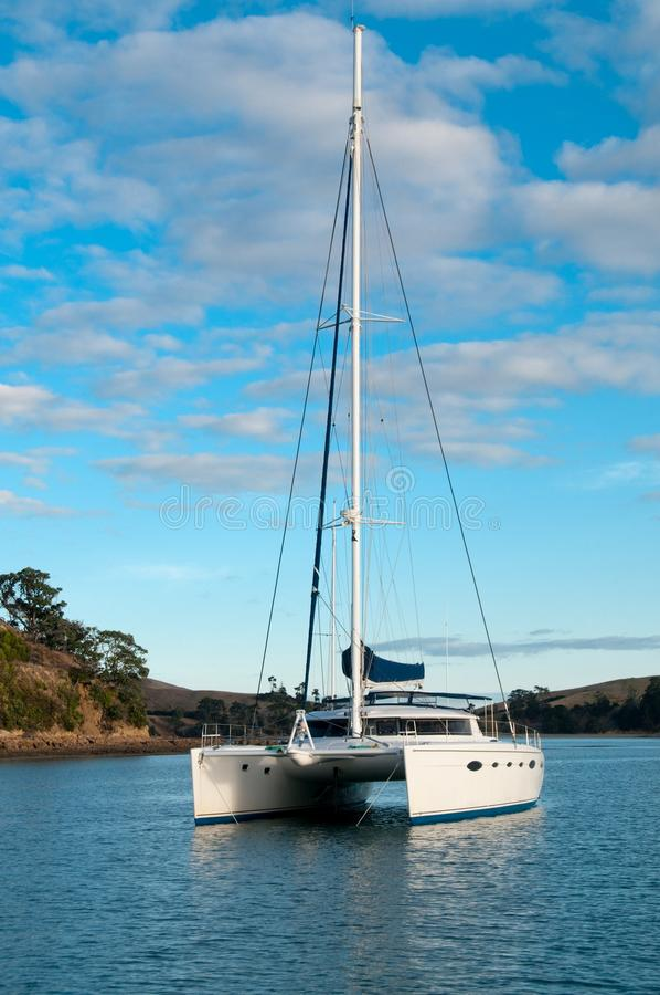 kotwicowy catamaran obrazy royalty free