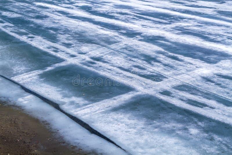 Koud blauw smeltend ijs stock fotografie