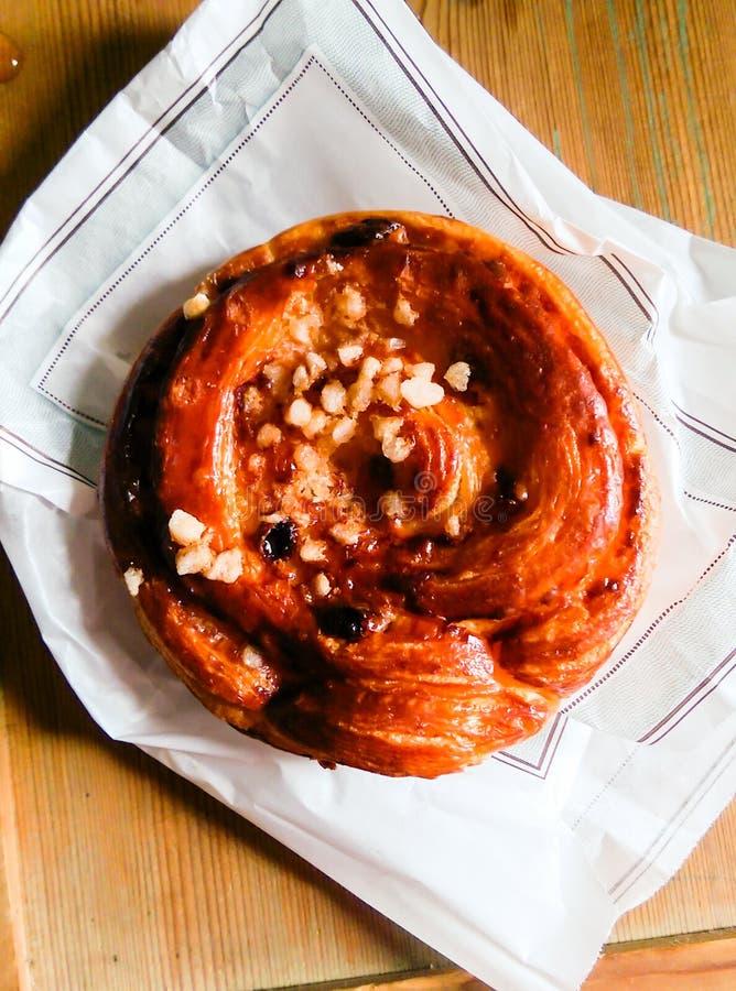 Kouing阿曼小圆面包用鸟嘴糖 免版税库存照片