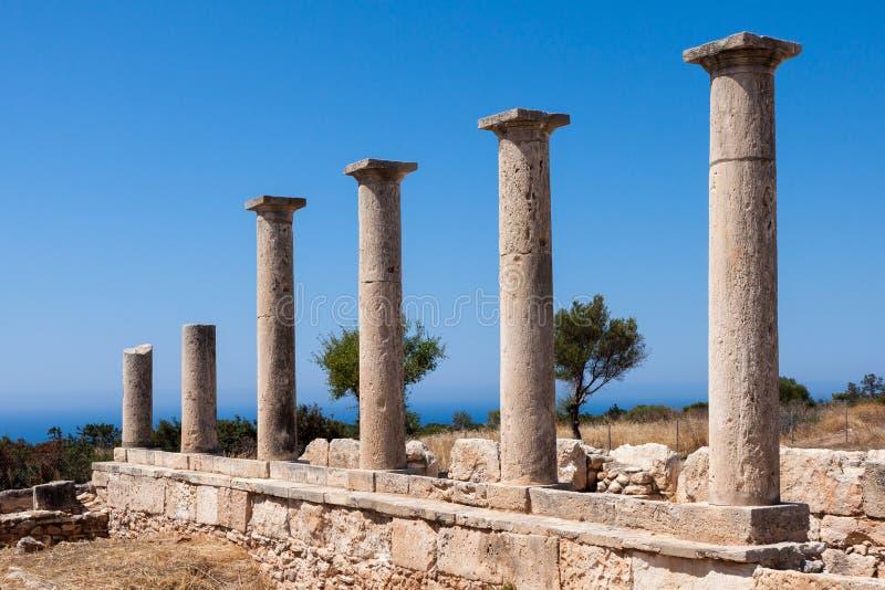 KOURION, CYPRUS/GREECE - 24 DE JULIO: Templo de Apolo cerca de Kourion fotografía de archivo libre de regalías