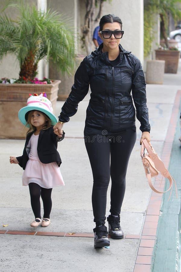 Kourtney Kardashian και Πηνελόπη Disick στοκ φωτογραφίες με δικαίωμα ελεύθερης χρήσης