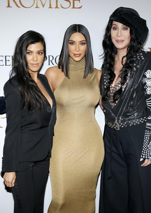 Kourtney Kardashian, Kim Kardashian West et Cher photo stock