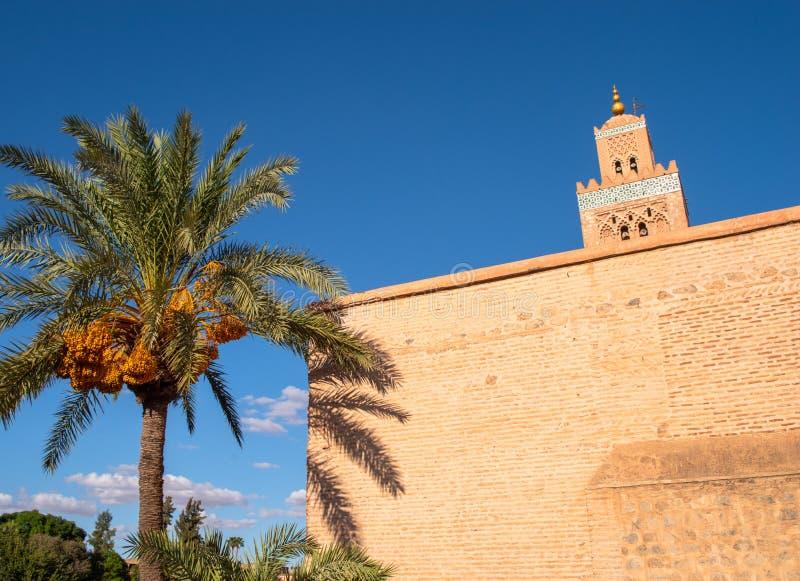 Koutoubia mosk? i Marrakech royaltyfria foton