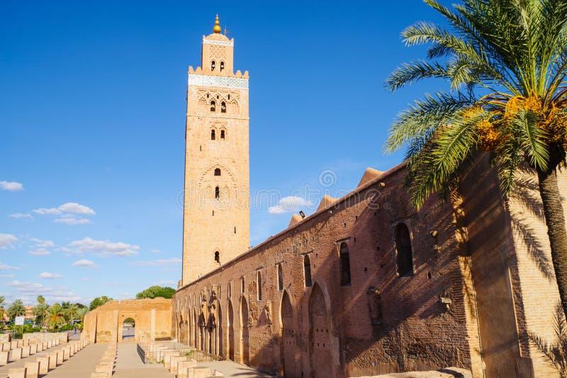 Koutoubia mosk? i Marrakech royaltyfri foto