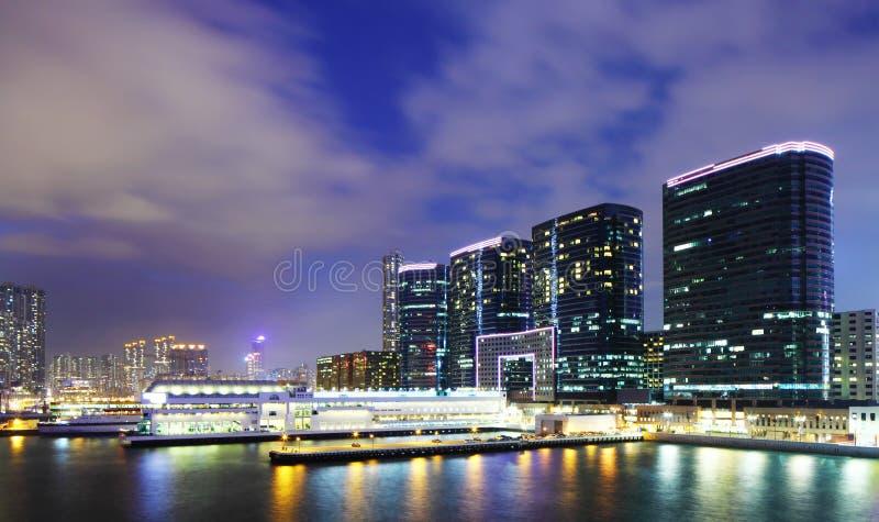 Kowloon du centre la nuit images stock