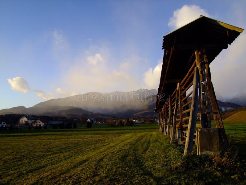 Kozolec - Capricorne sous les Alpes image libre de droits