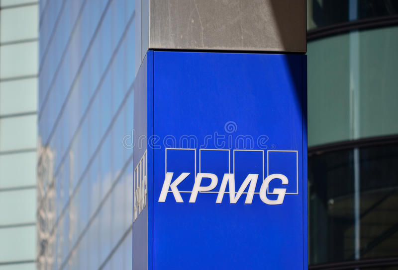 KPMG Canary Wharf arkivbilder