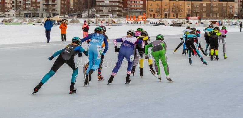 KPN Grand Prix en Lulea, Suecia, 2019 Grupo de patinaje de hielo de las mujeres imagen de archivo libre de regalías
