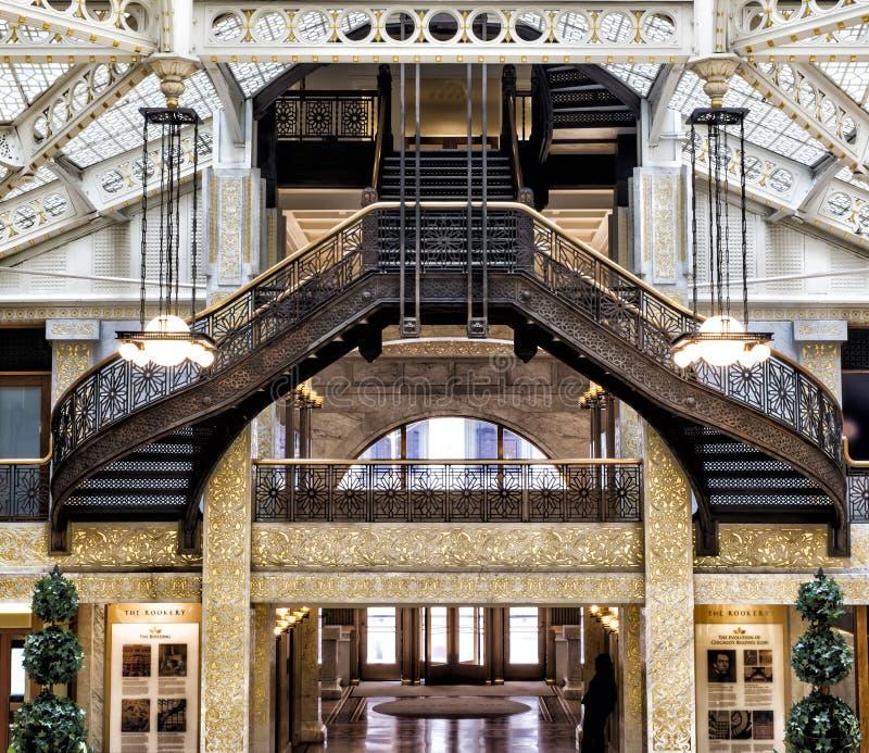 Krähenkolonie-Gebäude, Chicago, IL - 3. August 2017: Helle Gerichtslobby des Krähenkolonie-Gebäudes, Süd-LaSalle St., Schleifenbe stockfoto