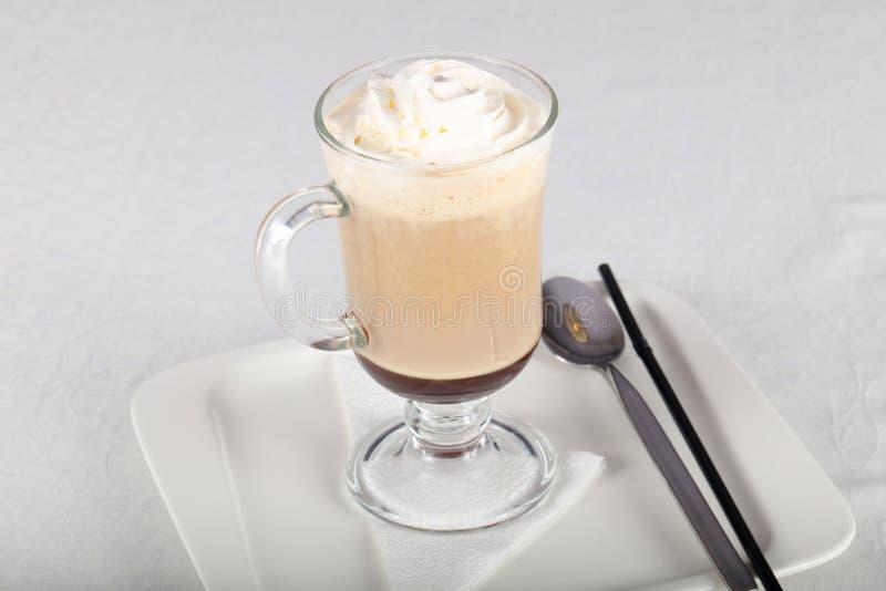 kräm- is för kaffe royaltyfri foto