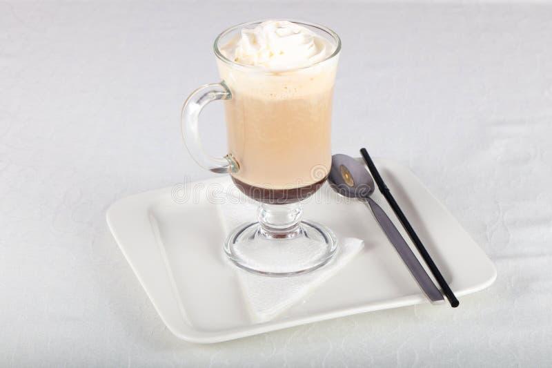 kräm- is för kaffe royaltyfria foton