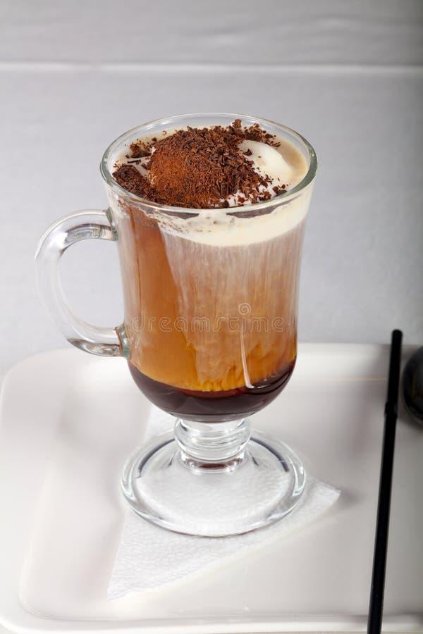 kräm- is för kaffe royaltyfri bild