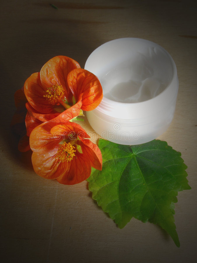 kräm- moisturising 2 royaltyfri fotografi