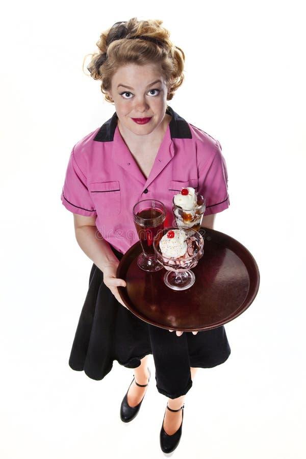 kräm- servitris för tappning för isservingstil arkivfoto