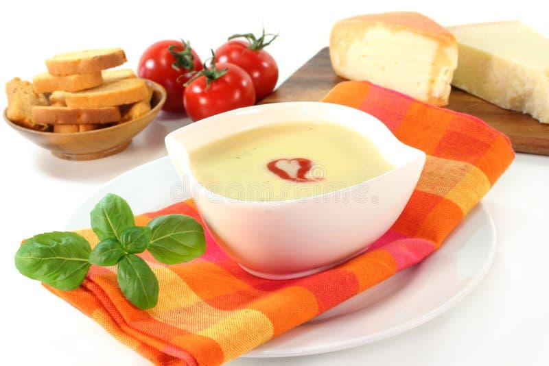 kräm- soup för ost arkivfoto