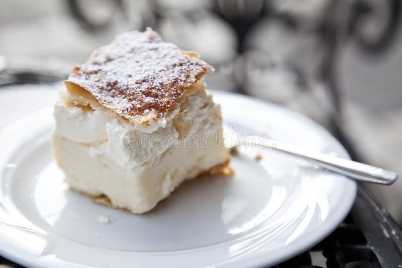 Krämar Kremschnitte, Crempita, Napoleon cake arkivbild