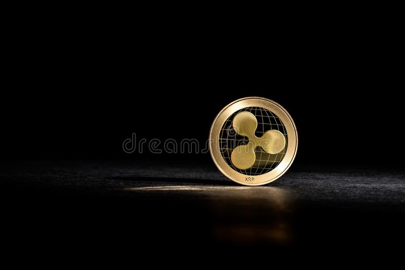 KRÄUSELUNG cryptocurrency Münze lizenzfreie stockfotos
