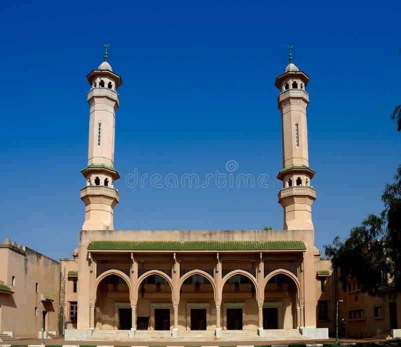 Królewiątka Fahad meczet w Banjul, Gambia obrazy royalty free