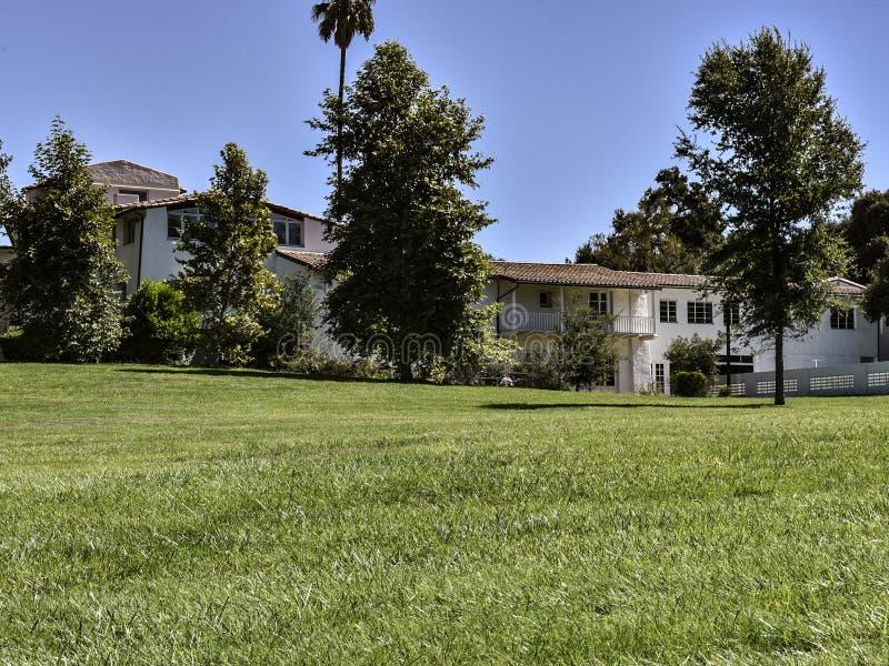 Królewiątka Gillette rancho dworu Główny dom w Snata Monica górach obraz stock