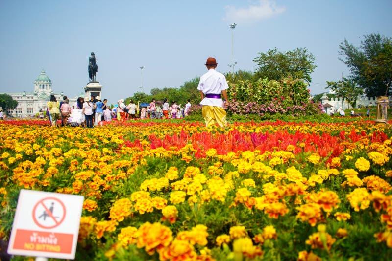 Królewiątka Rama V statua Tajlandia, Ananta Samakhom Tronowy Hall, Bangkok zdjęcie stock