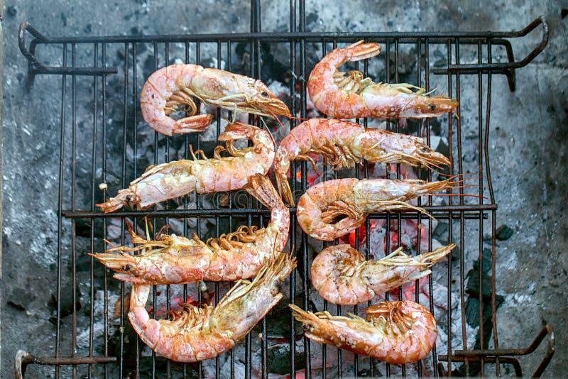 Królewiątko krewetki na grillu zdjęcie royalty free