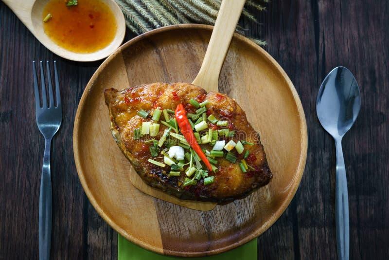 Królewiątko makreli serw z kumberlandem w Tajlandzkim menu jedzeniu zdjęcie stock