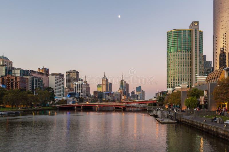 Królewiątko most i Melbourne pejzaż miejski fotografia stock
