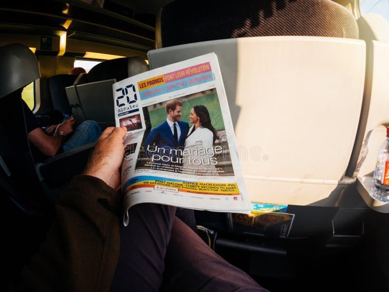 Królewscy ślubów nagłówki w Zjednoczone Królestwo gazetach zdjęcia royalty free