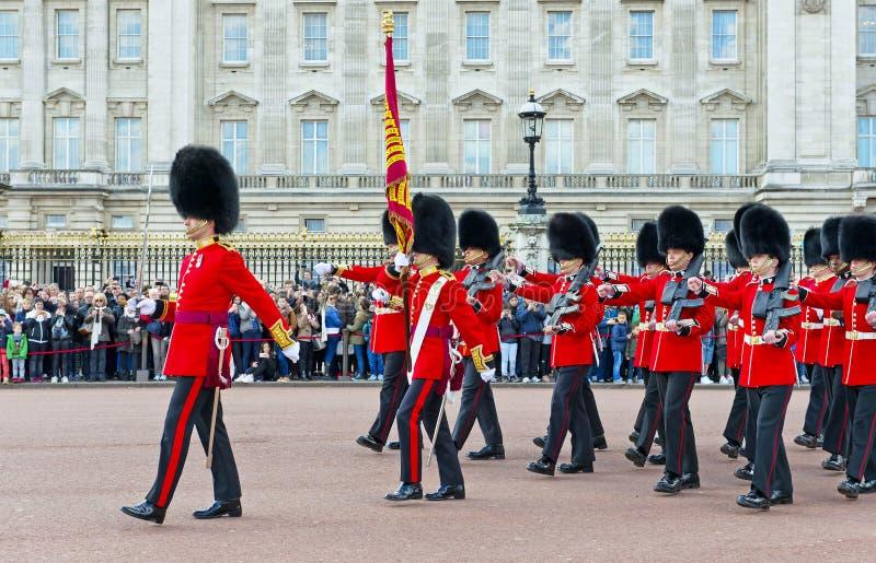Królewscy strażnicy, Londyn obrazy stock