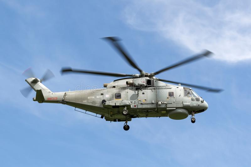 Królewski marynarki wojennej floty Lotniczej ręki AgustaWestland Merlin HM 1 EH101 łodzi podwodnej Podjazdowy helikopter ZH858 obraz stock
