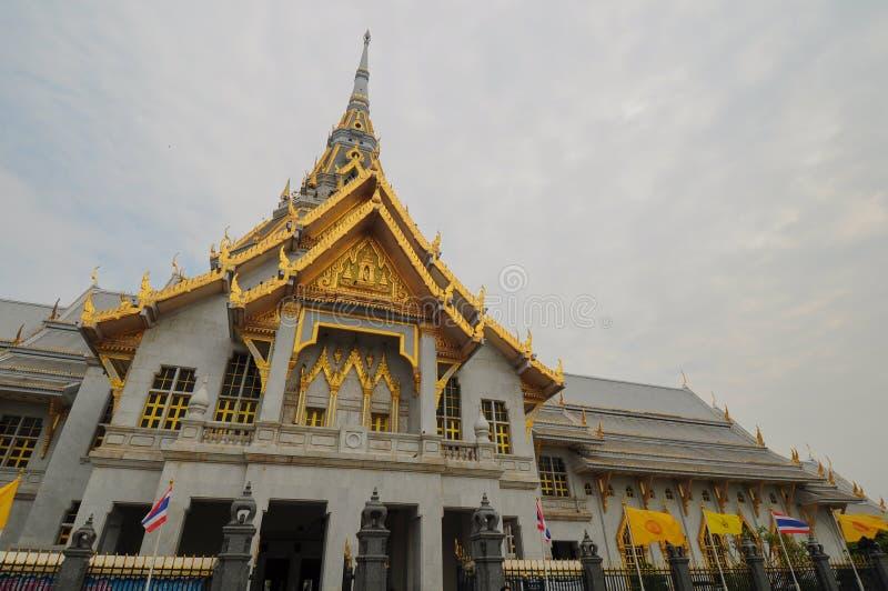 Królewski monastry w Chacheongsao, Tajlandia obraz stock