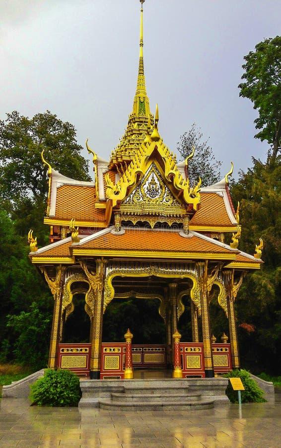 Królewski Tajlandzki projektujący pawilon, budujący dla związku między Tajlandia i Szwajcaria, w pięknym Denantou parku zdjęcia stock