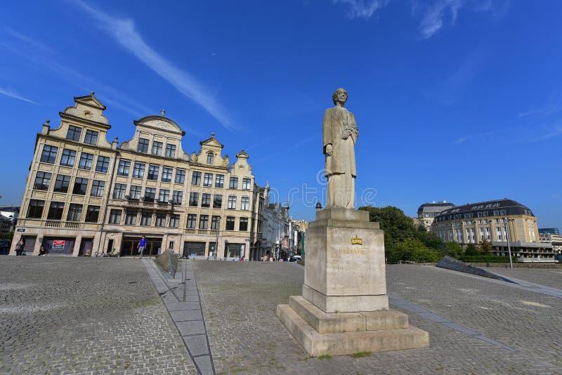Królowa Elisabeth robić Rene Cliquet Belgia statua zdjęcia stock